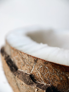 Coconut Oil Prevents Scalp Inflammations