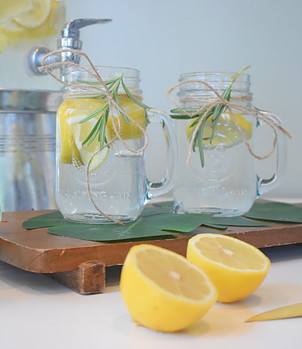 Lemon Rinse Helps to Balance Hair pH