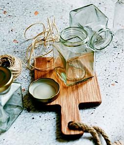 Store Your DIY Herbal Shampoo in Re-Purposed Jars