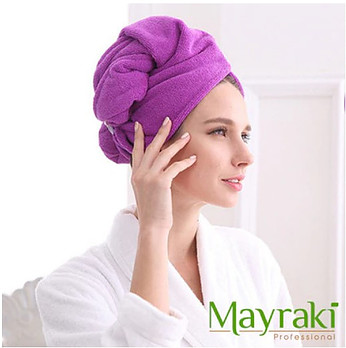 Dry Hair After Shower With Microfiber Hair Towel